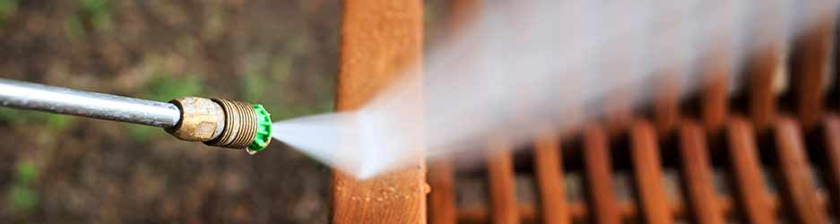 tuinmeubelen en PVC reinigen
